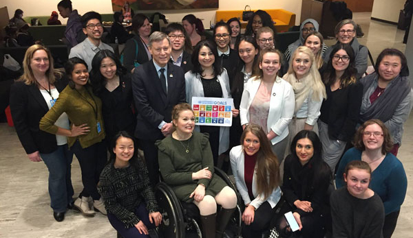 Minister Monsef and Parliamentary Secretary Duguid with participants of the Commission on the Status of Women Youth Forum